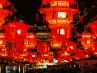 China-Shanghai-YuGarden-the_Lantern_Festival-readyclickandgo