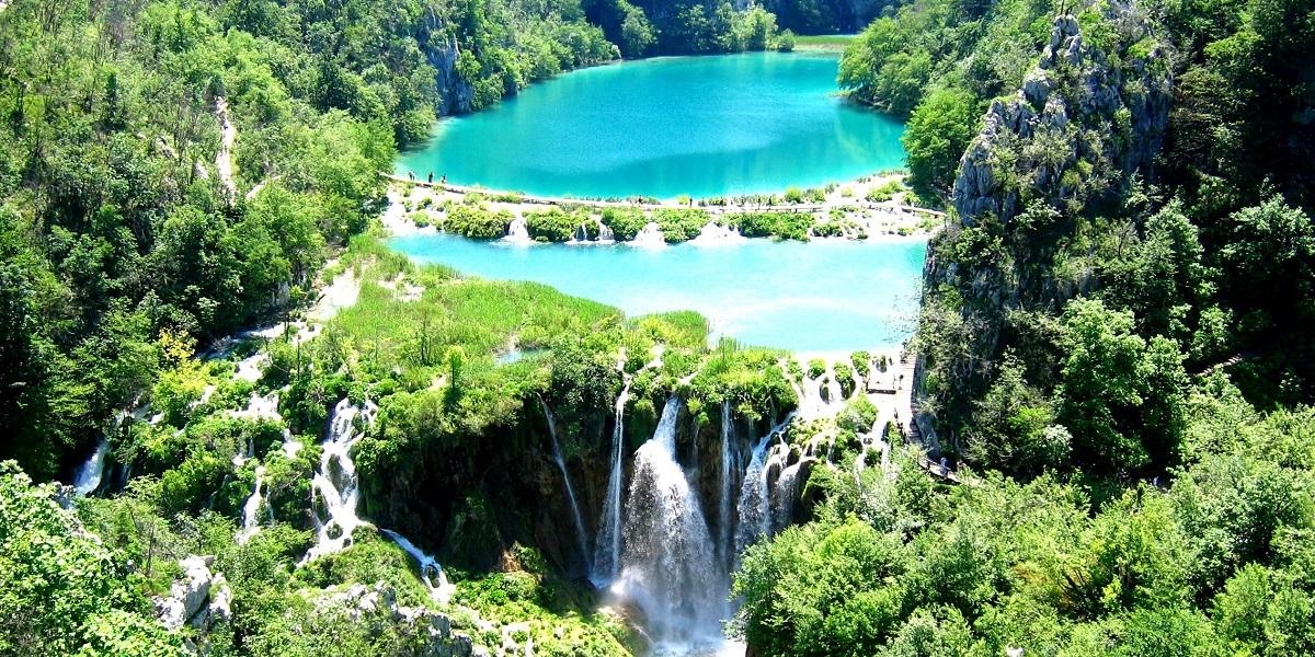 Explore Plitvice Lakes on a Day Tour