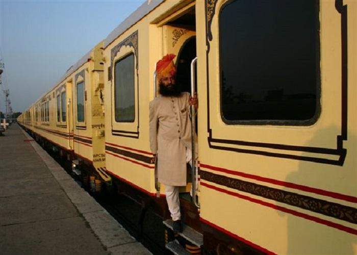 luxury train journeys in india, readyclickandgo