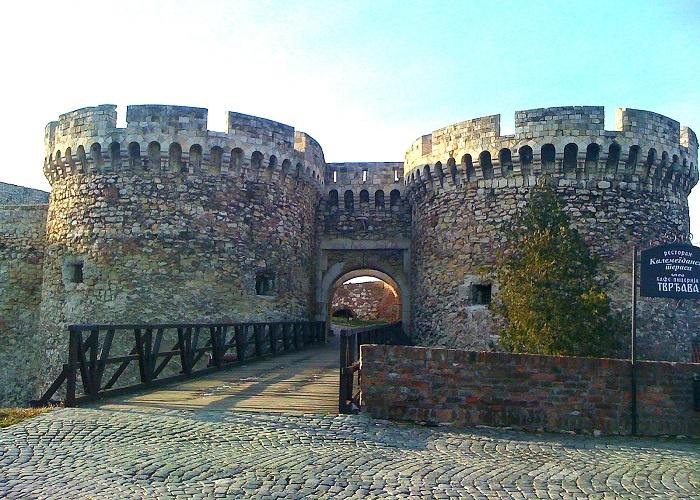 Zindan Gate, Belgrade Fortress, ReadyClickAndGo