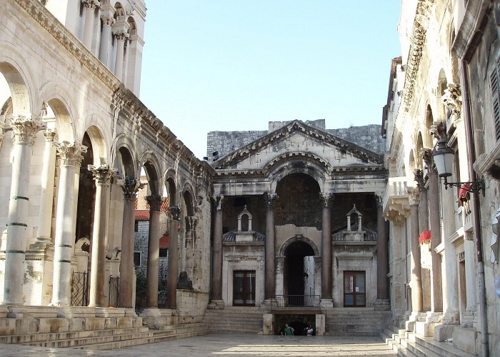 The Diocletian Palace, Split readyclickandgo