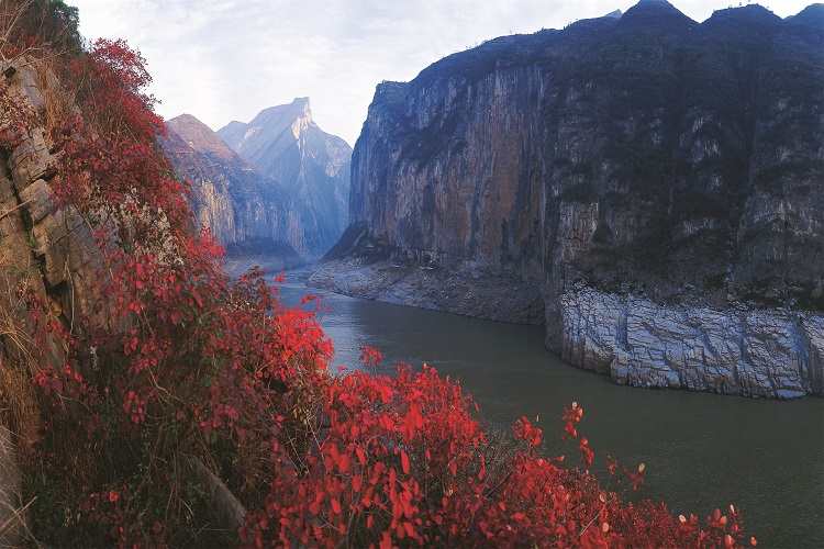 qutang-gorge-in-autumn
