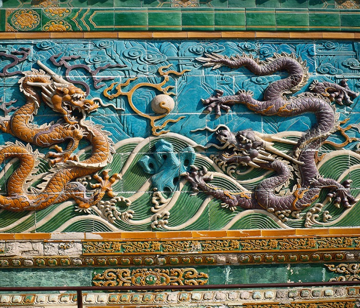 9-Dragon-Wall-in-Beijing-readyclickandgo-travel