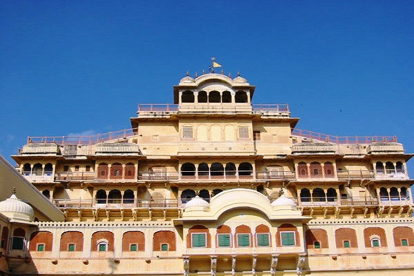 Day tour of Jaipur, Visit City Palace Museum, ReadyCLickAndGo