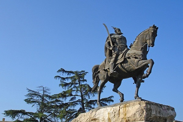Day tours in Tirana, Skenderbeg, ReadyClickAndGo