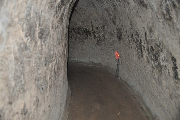 Private tour to Cu Chi Tunnels
