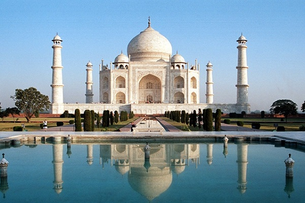 day tour from Delhi to Agra by train