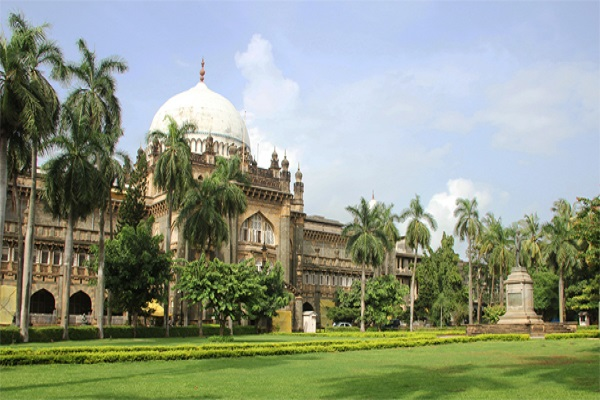 Visit prince of wales musuem on a day tour of Mumbai with ReadyClickAndGo