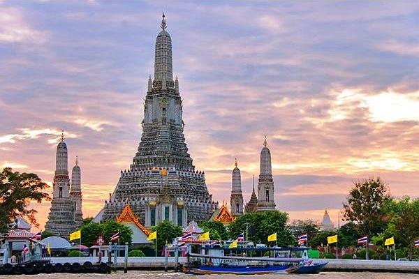 day_tour_bangkok_wat_arun_readyclickandgo