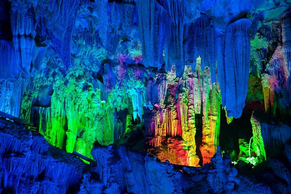 reed-flute-cave-guilin, readyclickandgo
